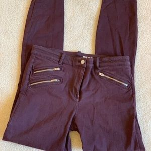 Skinny purple jeans with zippers